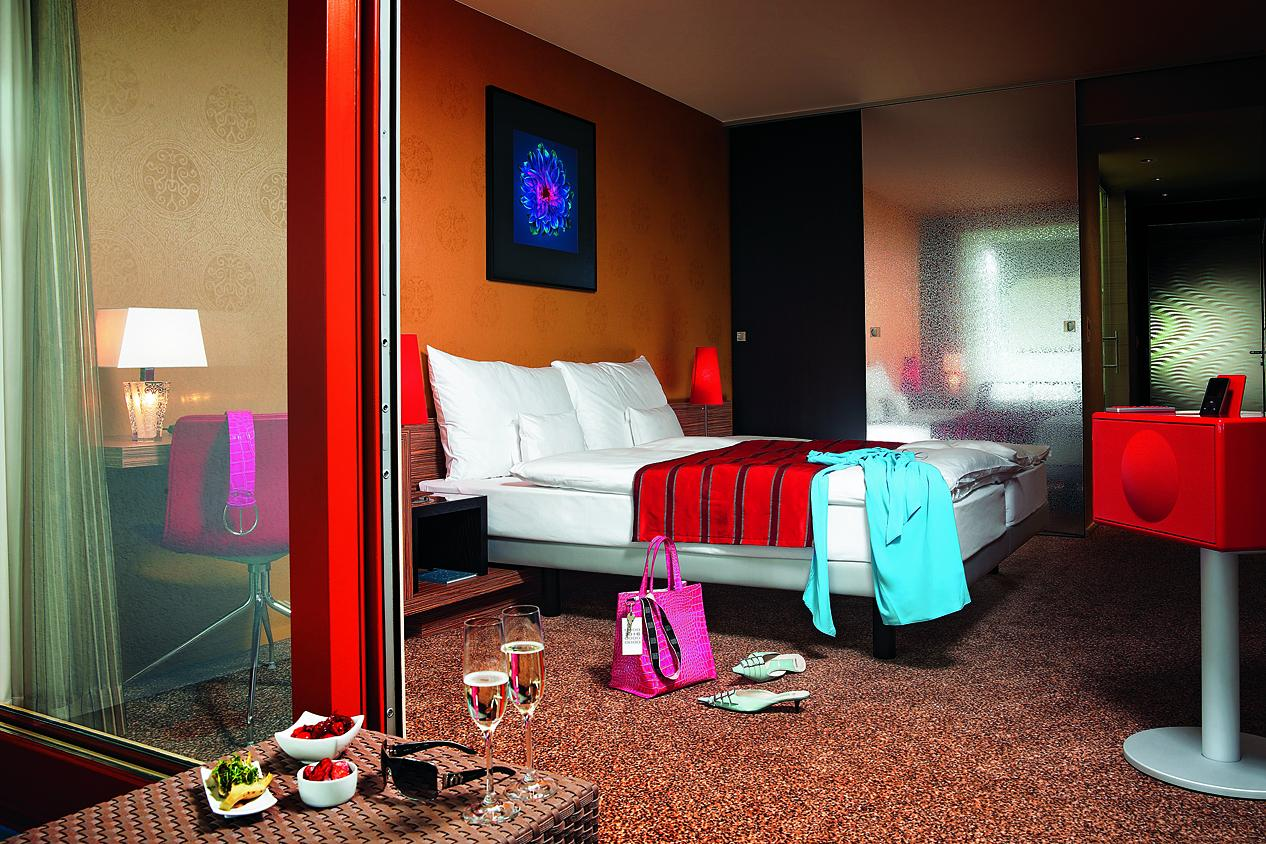 lichthalle ag post hotel weggis. Black Bedroom Furniture Sets. Home Design Ideas